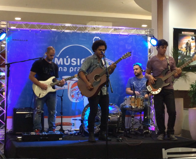 Música na Praça - Recreio Shopping (Heverton Castro)