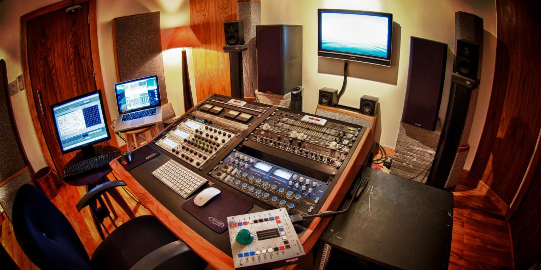 Home Studio 09